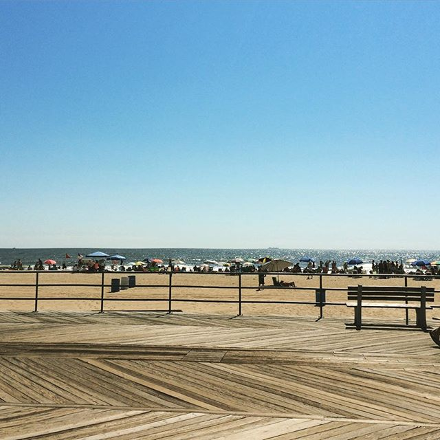 Good morning #asburypark !! What a beautiful day! #sun #summer #august #boardwalk #nj #jersey #family #fun #beachday 😊☀️🌊