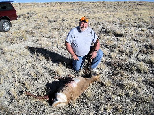 2011_wy_ant_deer9.jpg