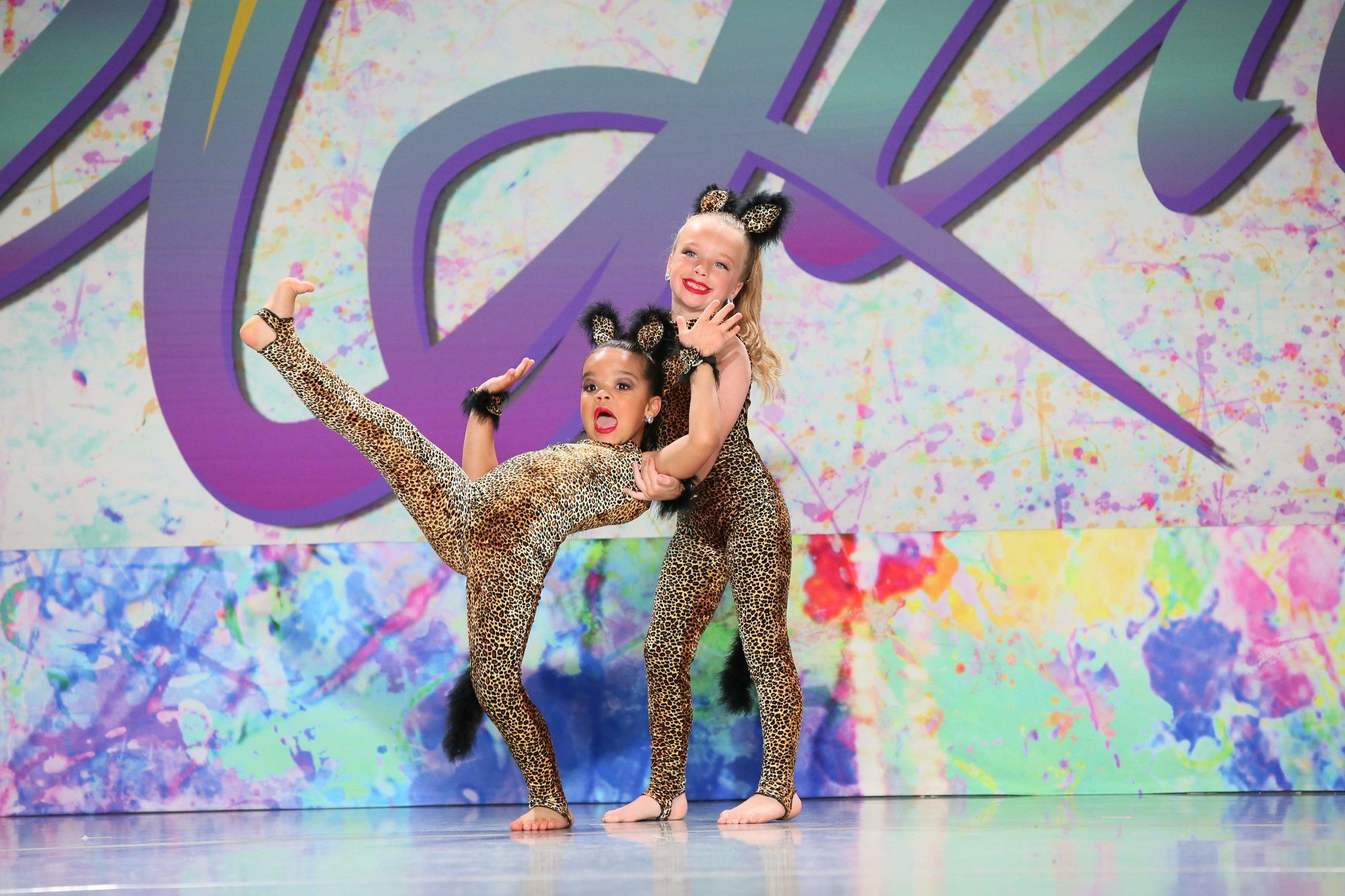 MAC Dance