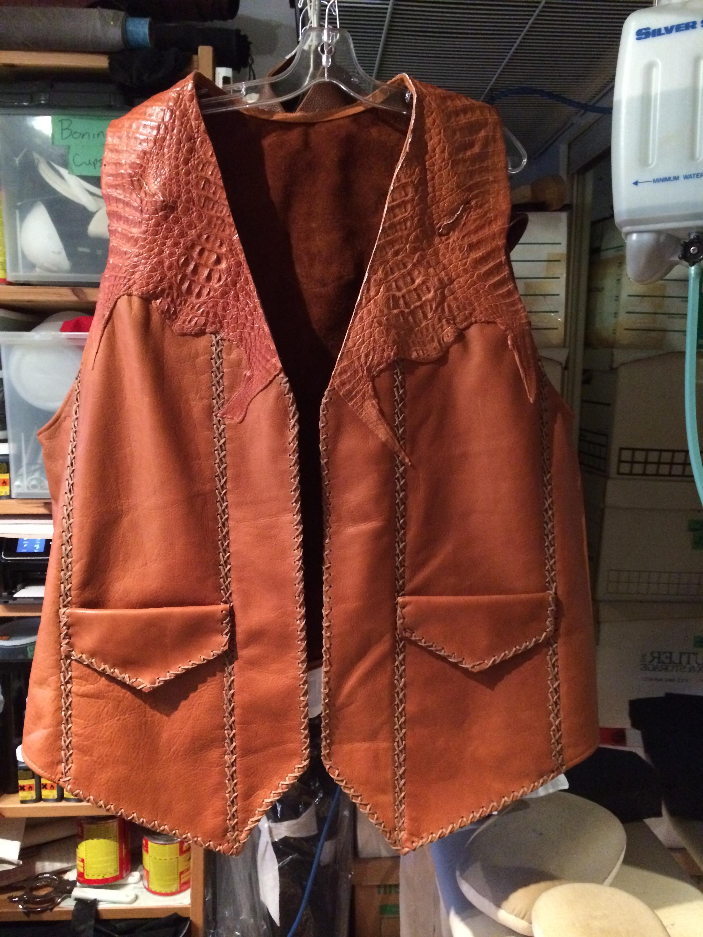 Buck - Leather Vest