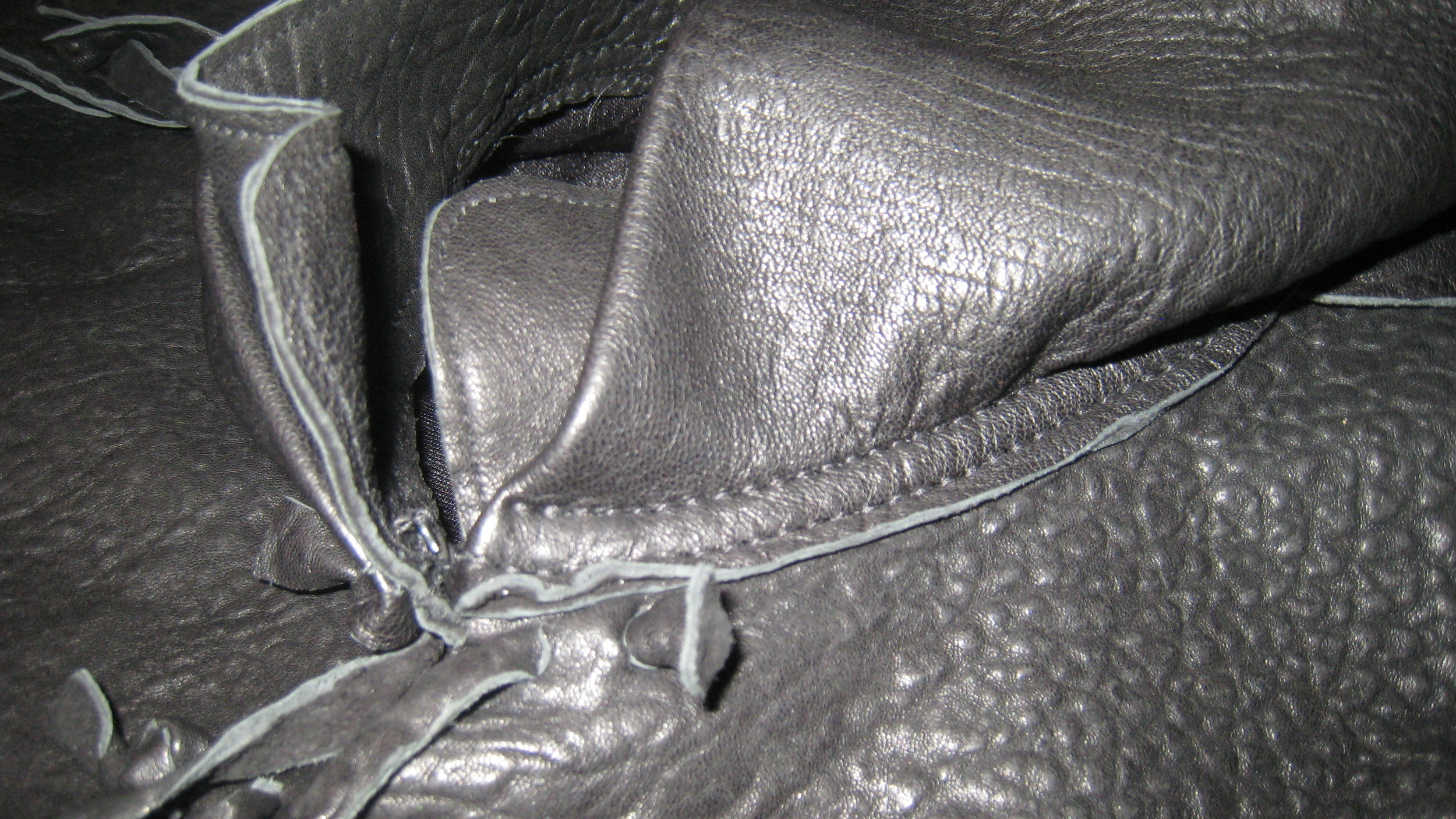 Alien Ambassador - Leather Hood