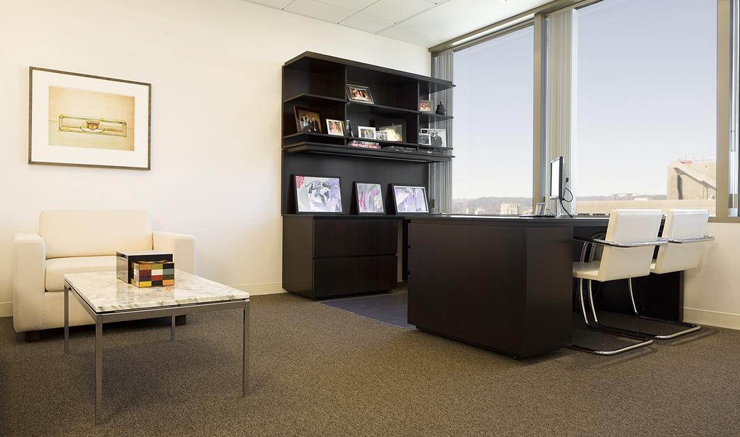 08_Office.jpg