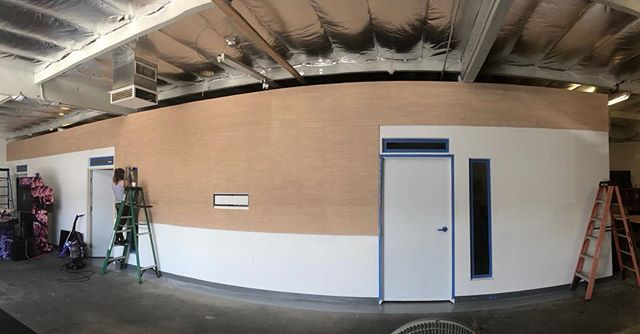 Stoked to complete our new office look this week! 🔨🔨🔨🔨 Btw hi guys! Been way too long and we miss you all 😘