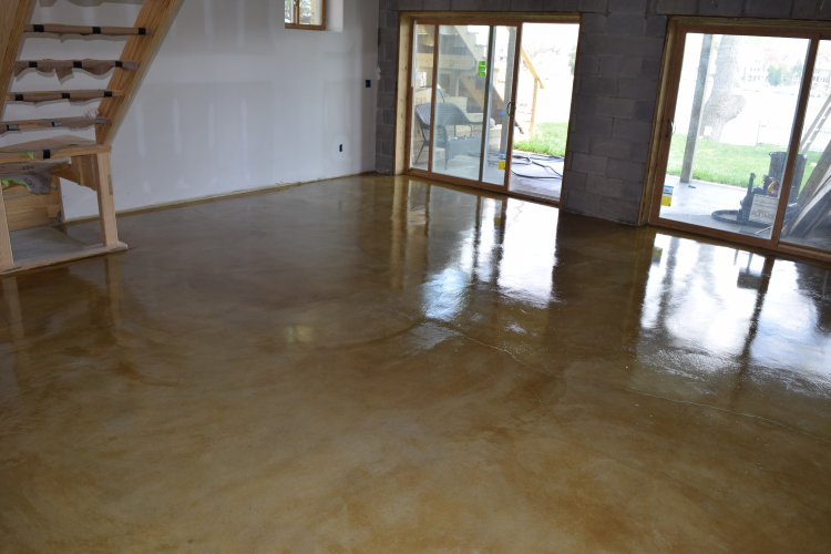 Yellow-Gold Acid-Stained Basement Concrete Floor With Clear Epoxy Sealer