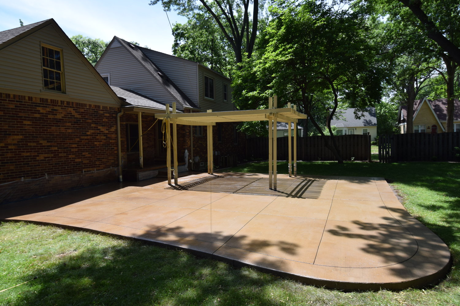 Acid-Stained Cement Overlay of Concrete Patio