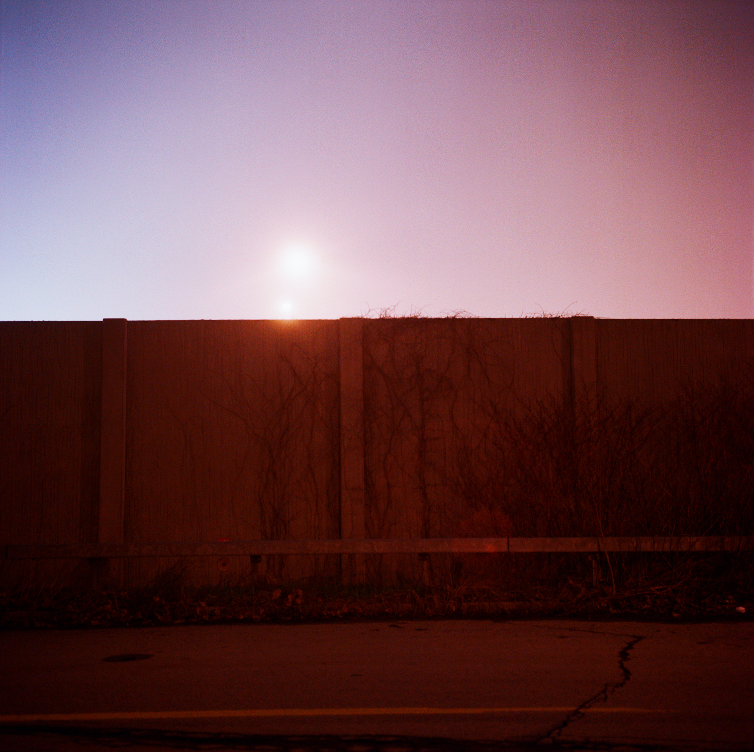 rochester.freeway.wall.r.jpg