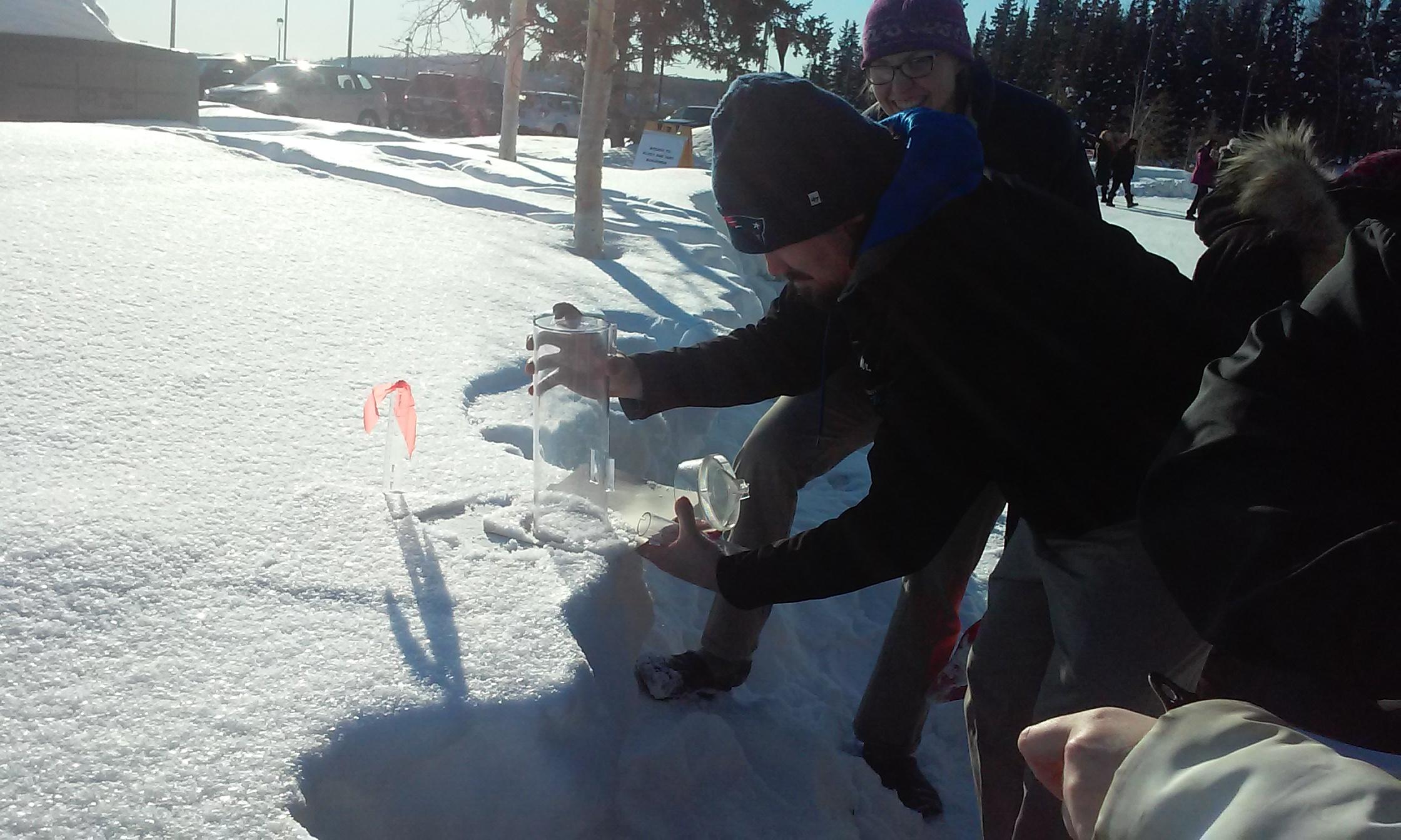Measuring new snowfall