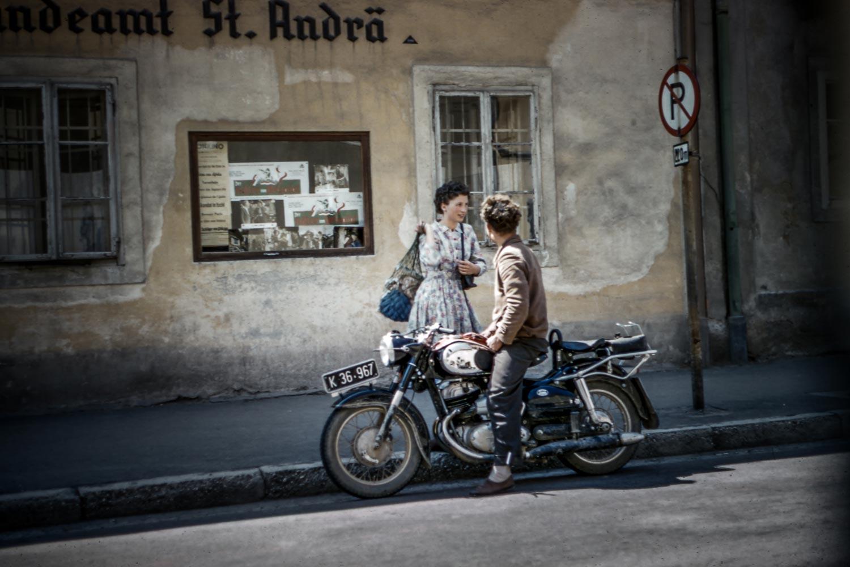 Emilie_Kolb_motorbike_les-anderson-207334.jpg