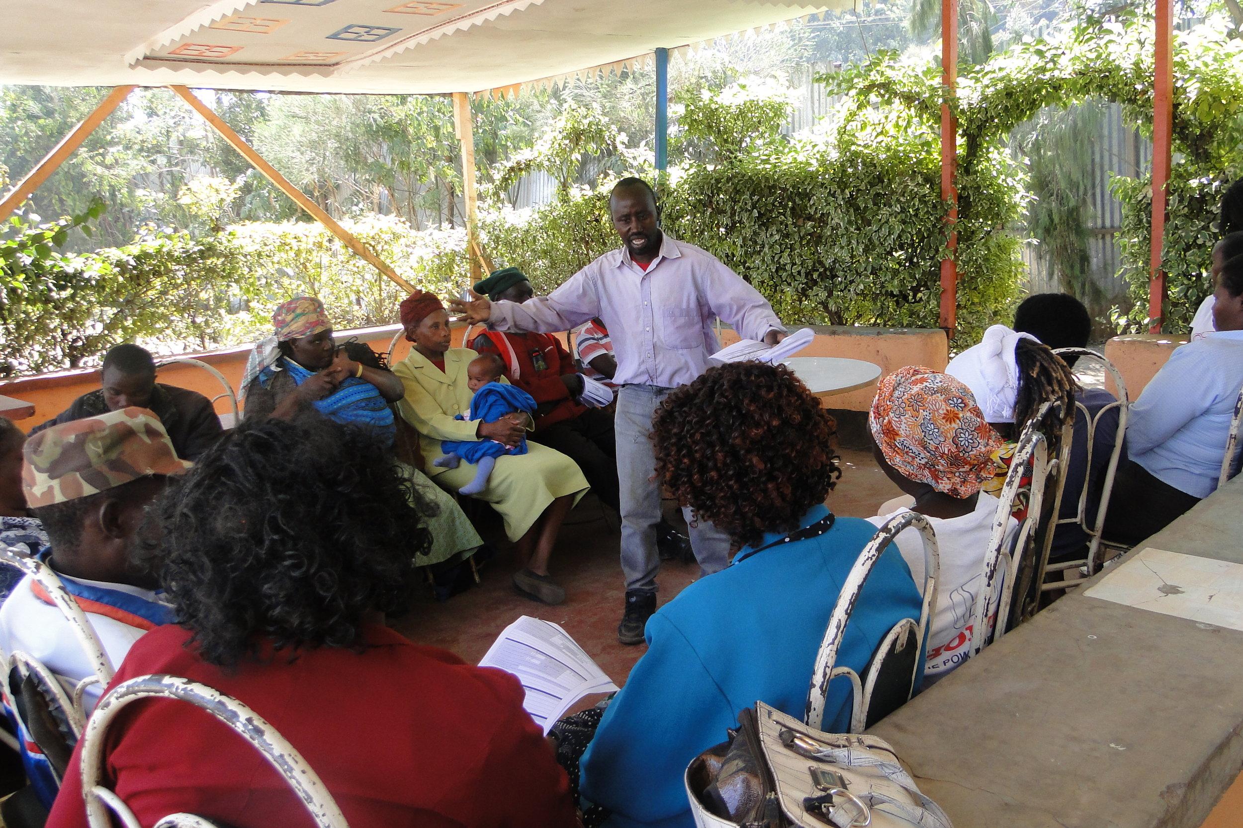 Joseph Mwendo of Muungano Training Dagorretti community on the New Settlement Profile Tool piloted by SDI this year.