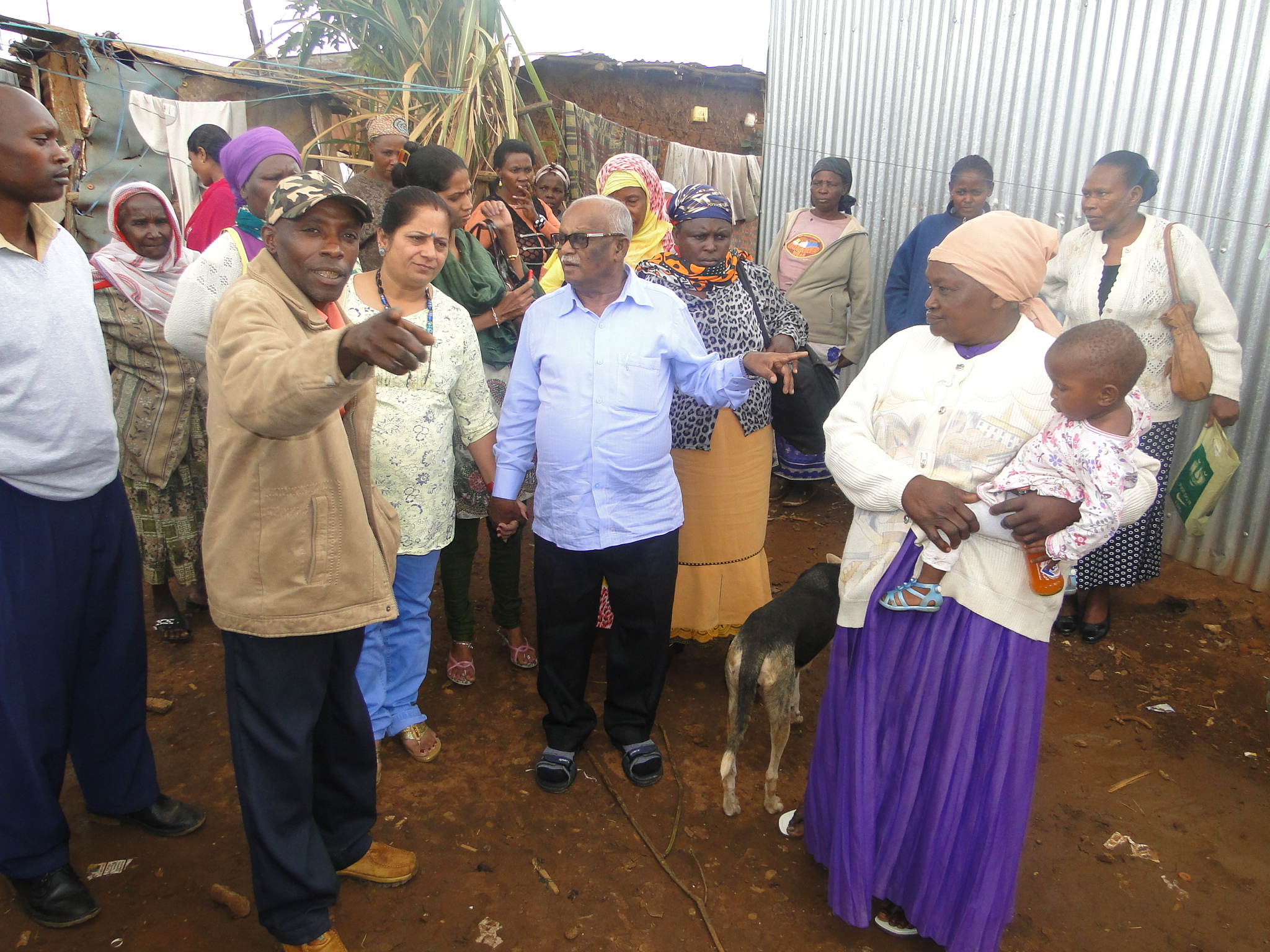 Dr. Jockin takes a tour of Kiandutu Slums, Thika Kenya