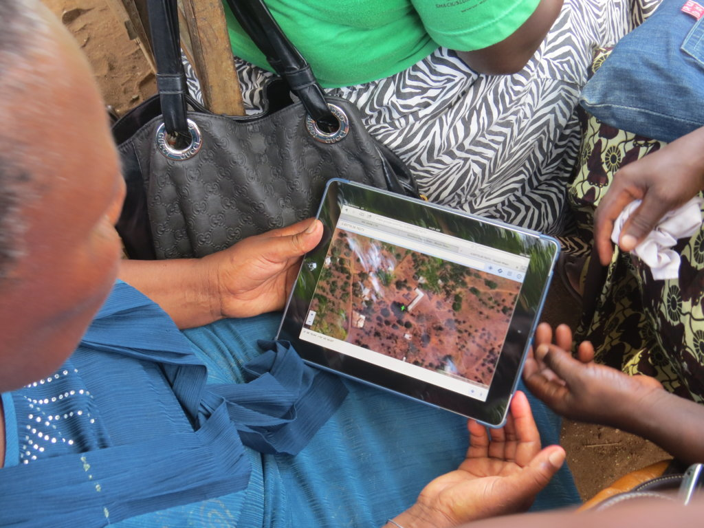 One of the hub delegates tries her hand on GPS remote mapping