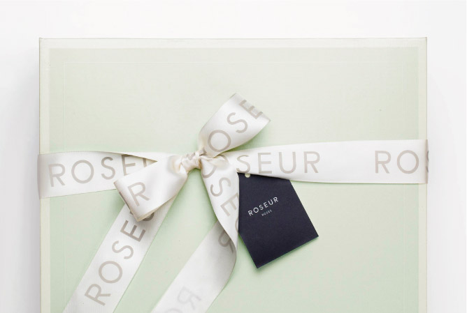 Roseur Box with Bow and Tag