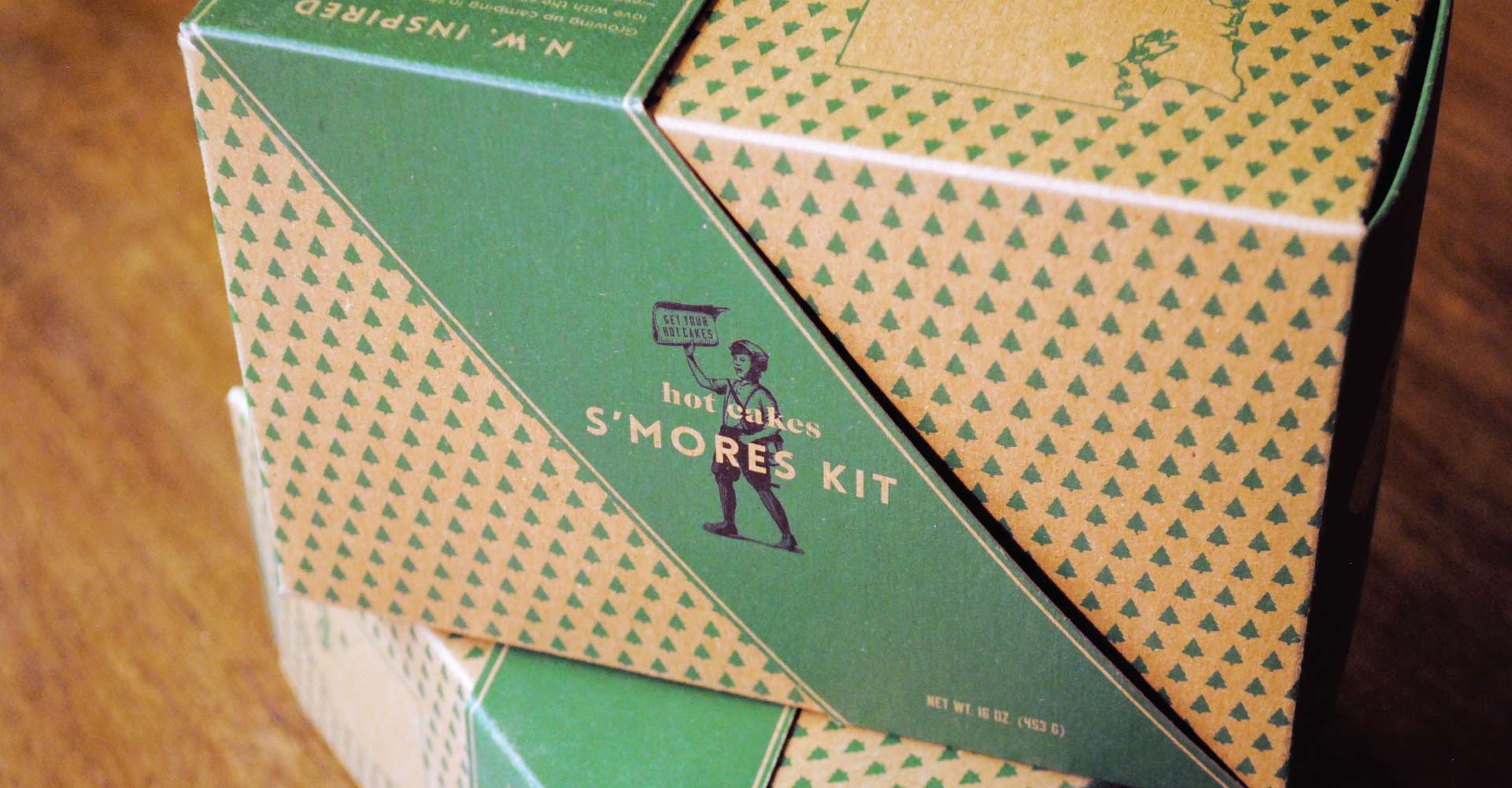 Creative_Retail_Packaging_Branding_Identity_Package_Design_HotCakes_5.jpg