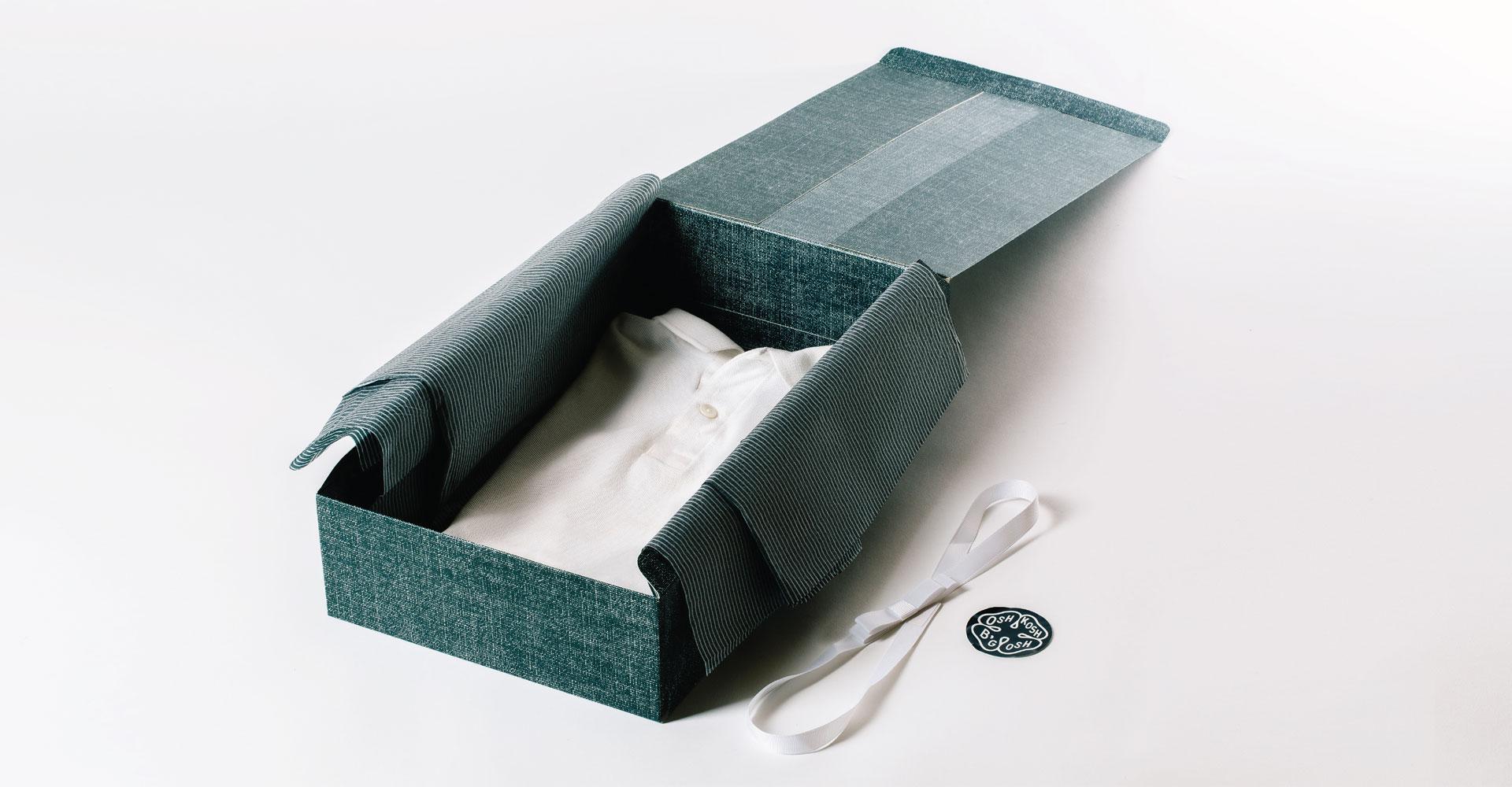 Creative_Retail_Packaging_Package_Design_OshKosh_Bgosh_08.jpg