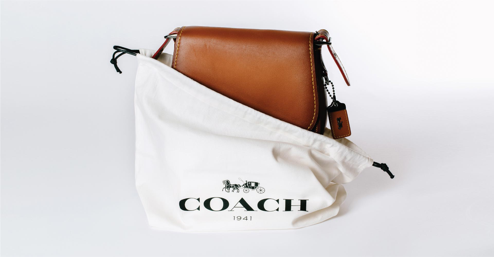 Creative_Retail_Packaging_Package_Design_Luxury_Coach_04.jpg
