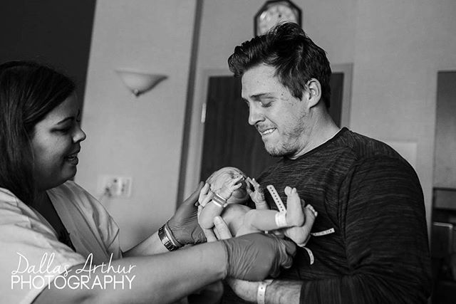 Even though dad caught his own baby at birth just a few minutes before, it was still so emotional to be handed his son again. . . . .  #jacksonvillebirth #jacksonvillebirthphotographer #birthstoriesnefl #jacksonvillebirthphotography #jacksonvillephotographer @birthstoriesnefl #blackandwhitephotograph #bw #blackandwhite #dallasarthurphotography #dadlife #newdad #fatherhood #birthisbeautiful #birthwithoutfear #birthwithconfidence #birthstory #birthstories #birthphotographer #birthphotography #bbh #birthbecomesher @birthbecomesher @empoweredbirthproject