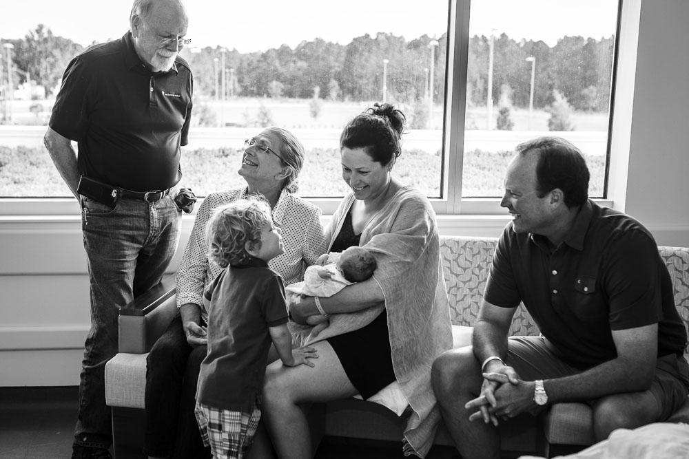 09-uf-north-cesarean-birth-photography-hospital-jacksonville.JPG