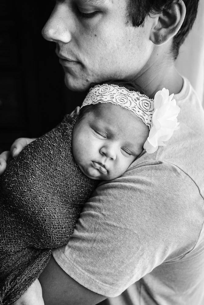 11-jacksonville-newborn-photographer-natural-home-house-lifestyle.JPG
