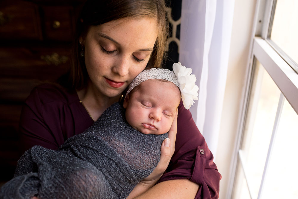 14-jacksonville-newborn-photographer-natural-home-house-lifestyle.JPG