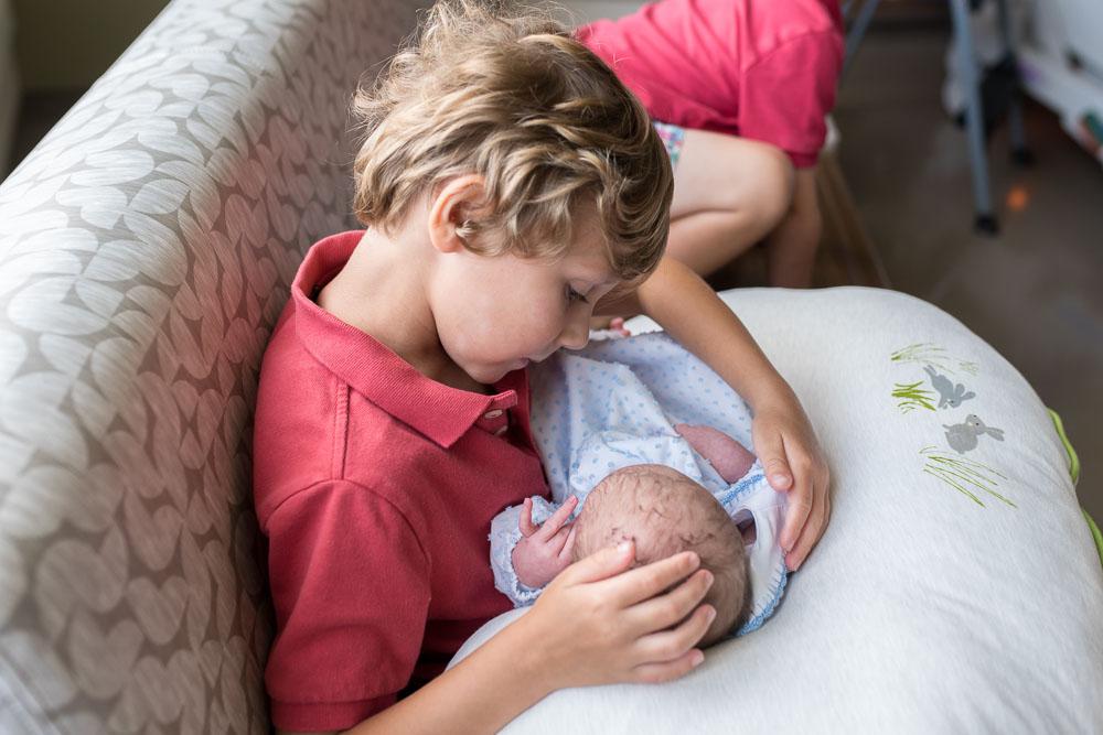 24-uf-north-cesarean-birth-photography-hospital-jacksonville.JPG