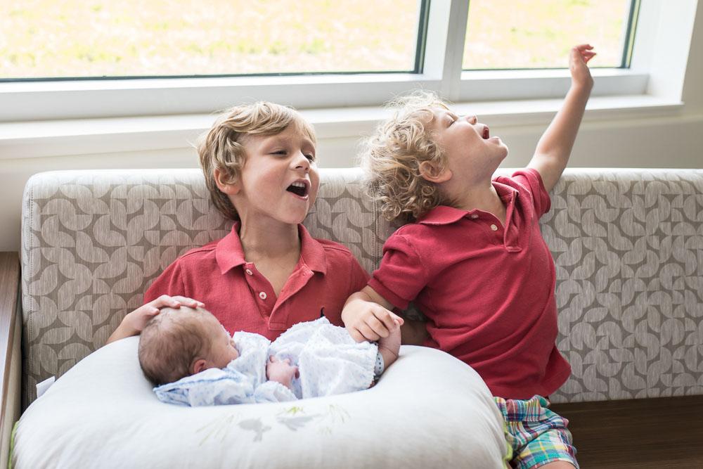 23-uf-north-cesarean-birth-photography-hospital-jacksonville.JPG