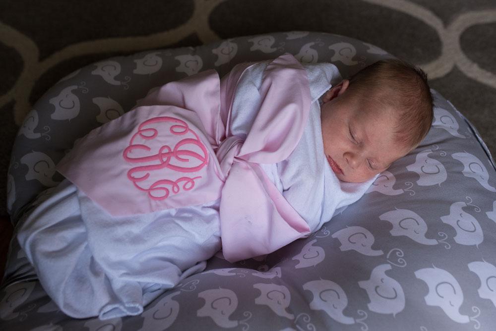 46-at-home-newborn-photography-jacksonville.JPG