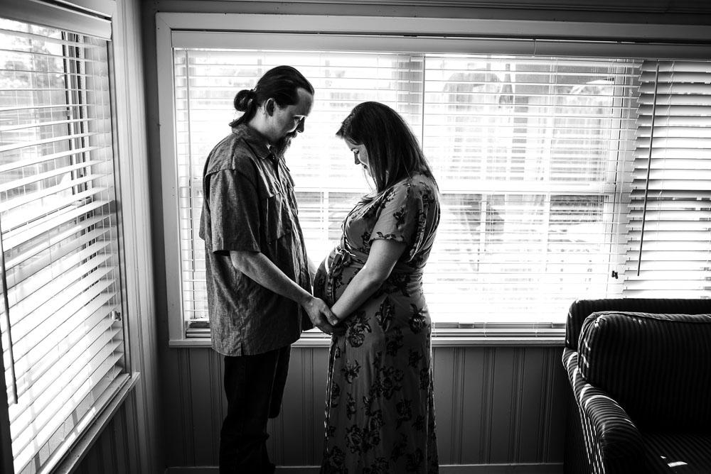 61-jacksonville-maternity-photographer-bedrest-at-home-lifestyle.JPG