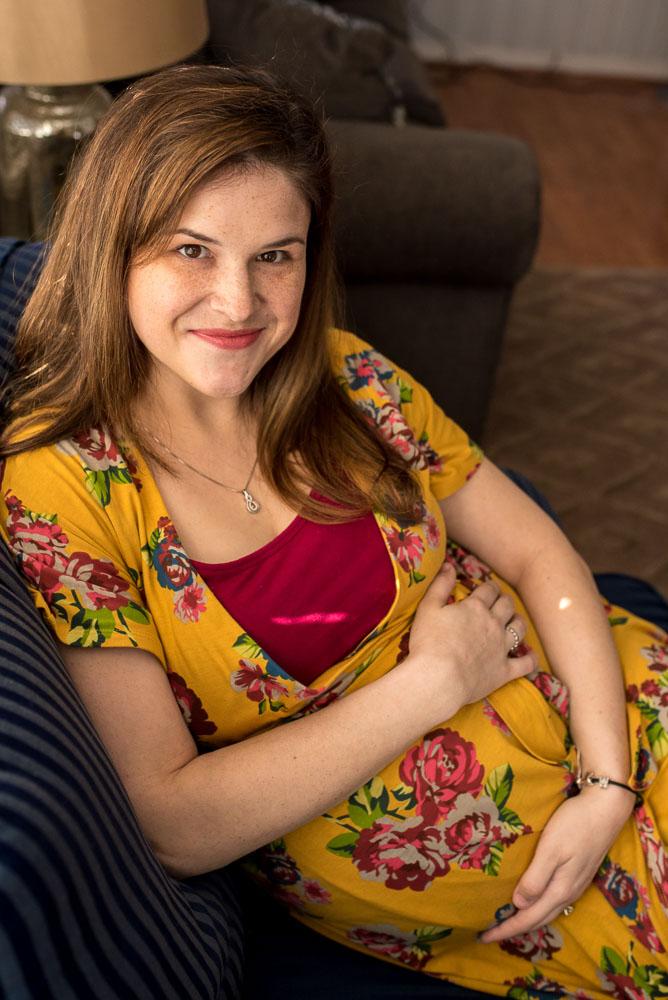 65-jacksonville-maternity-photographer-bedrest-at-home-lifestyle.JPG