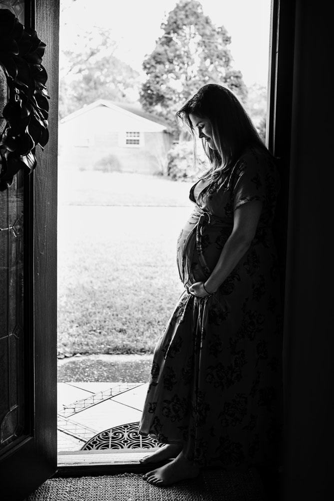 67-jacksonville-maternity-photographer-bedrest-at-home-lifestyle.JPG