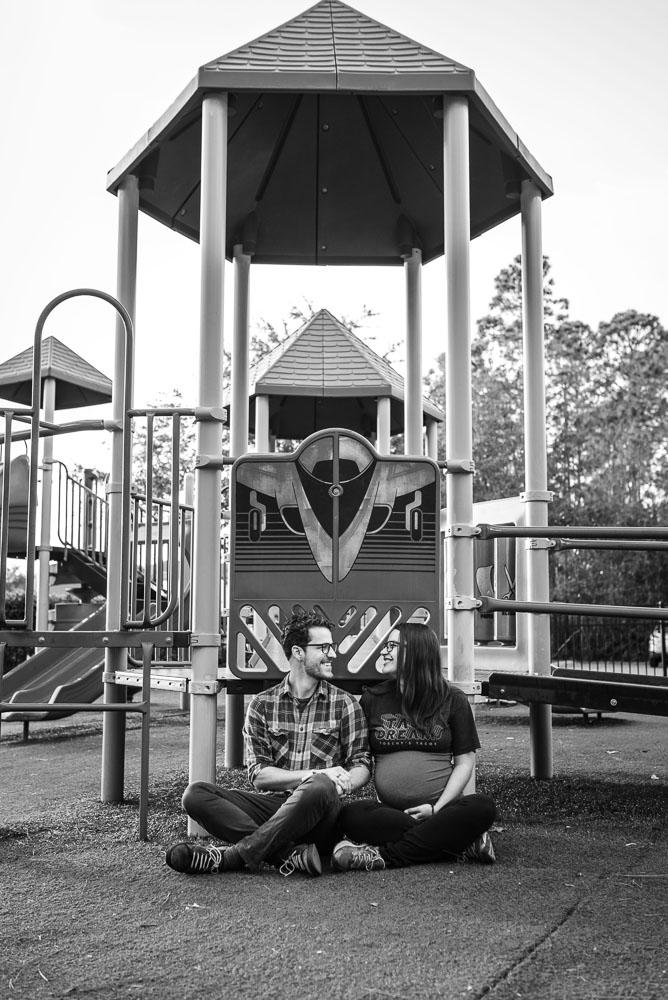 03-jacksonville-maternity-photographer-natural-relaxed.JPG