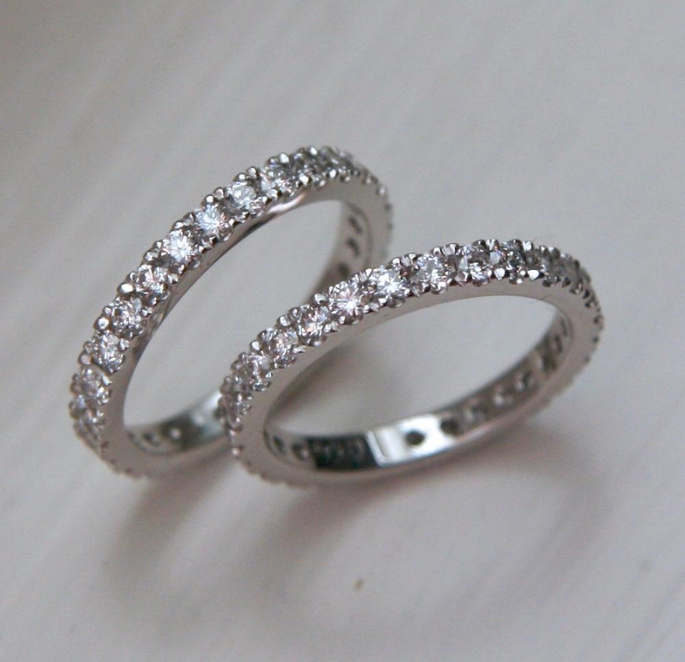 'Flying Diamond' Rings