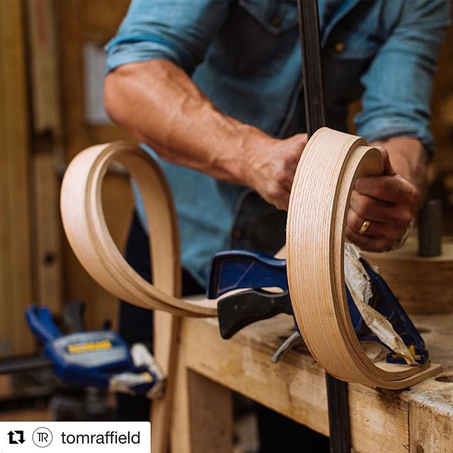 I love the bentwood work that Tom Raffield does. Take a look at his entry at RHS Chelsea Flower Show. I first saw his work on Grand Designs and have been enamoured since! I would love to incorporate some bentwood into my jewellery #tomraffield #rhschelseaflowershow #bentwood #granddesigns