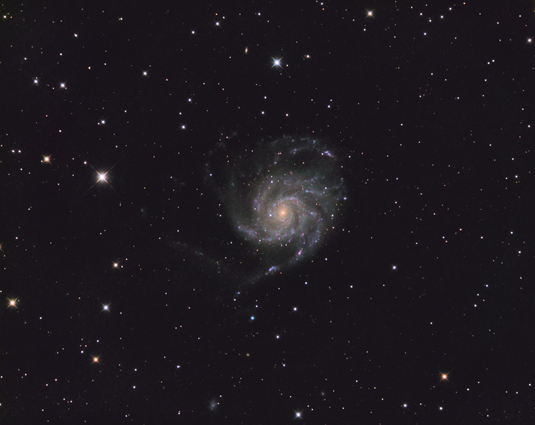 The final image of M101 taken during this session that I captured the above screens from. This was actually 17 hours done over three imaging sessions.