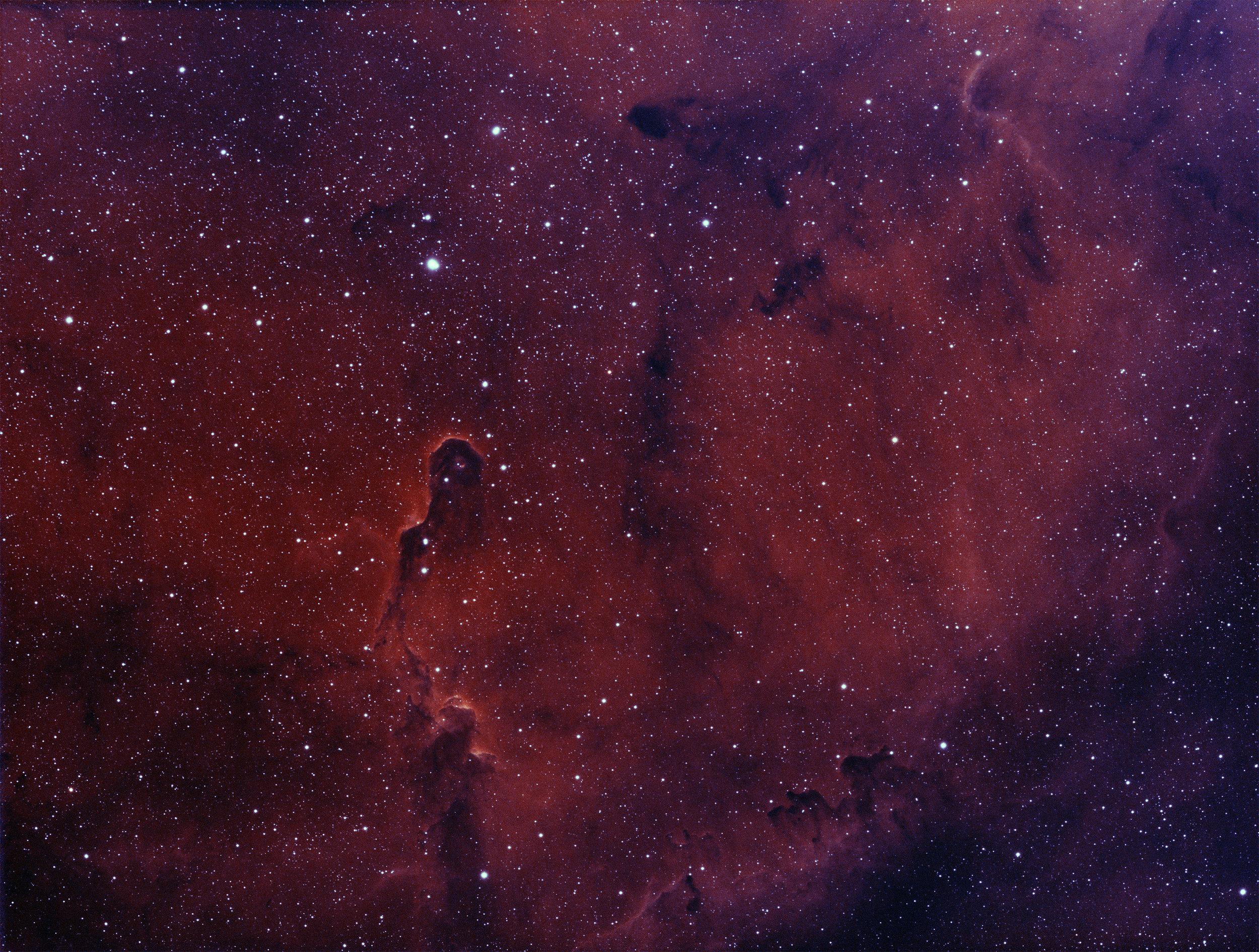 IC 1396-deep-red.jpg