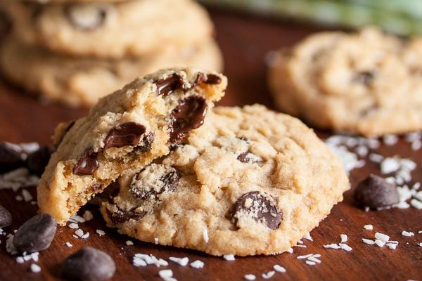 coconut-chocolate-chip-cookies-6303.jpg