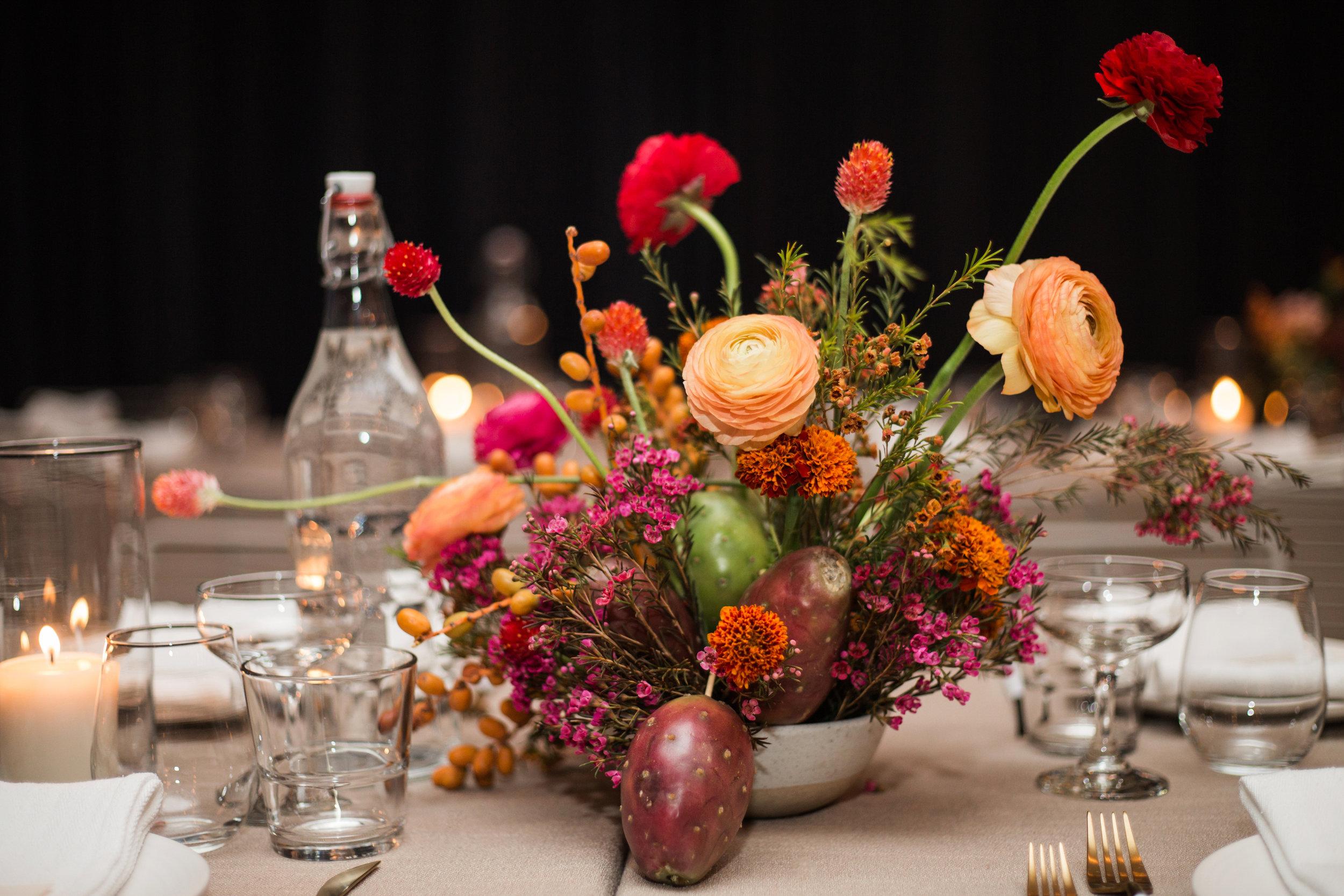 Unique desert themed floral centerpeice