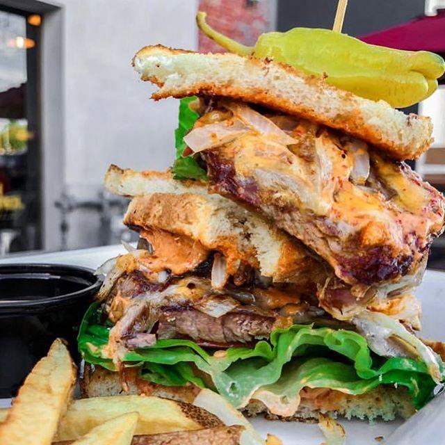 Trip tip sandwich from @element7seven 🐄 Serving it stacked and loaded for ya! 🍟 #mcfaddenpublicmarket #dtsantaana #elementseven