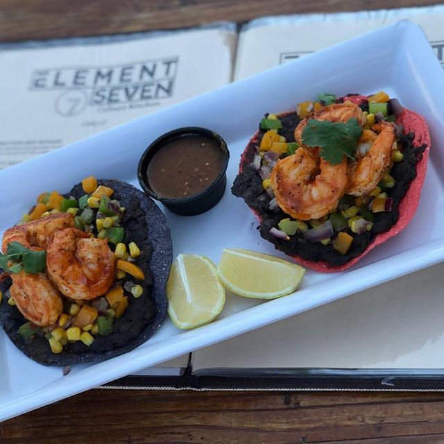 We love shrimp 🍤 toastadas! 😍🔥🌮 Come visit @element7seven for some delicious dinner! #foodporn #dtsantaana #mcfaddenpublicmarket #element7seven #santaana