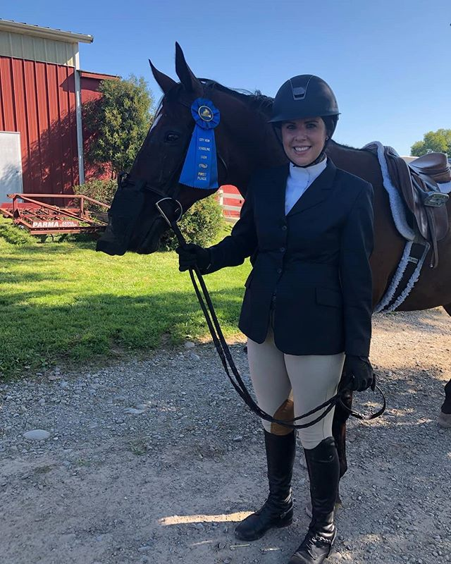 "After years of from horse showing, Jade & ""Yankee Flag"" aka Quinn rocked it @city_view_equestrian_llc this past weekend in the 2'6 hunters & Equitations. These two are becoming such a nice couple to watch  #englesidestables #ladiesofengleside #englesidetribe"