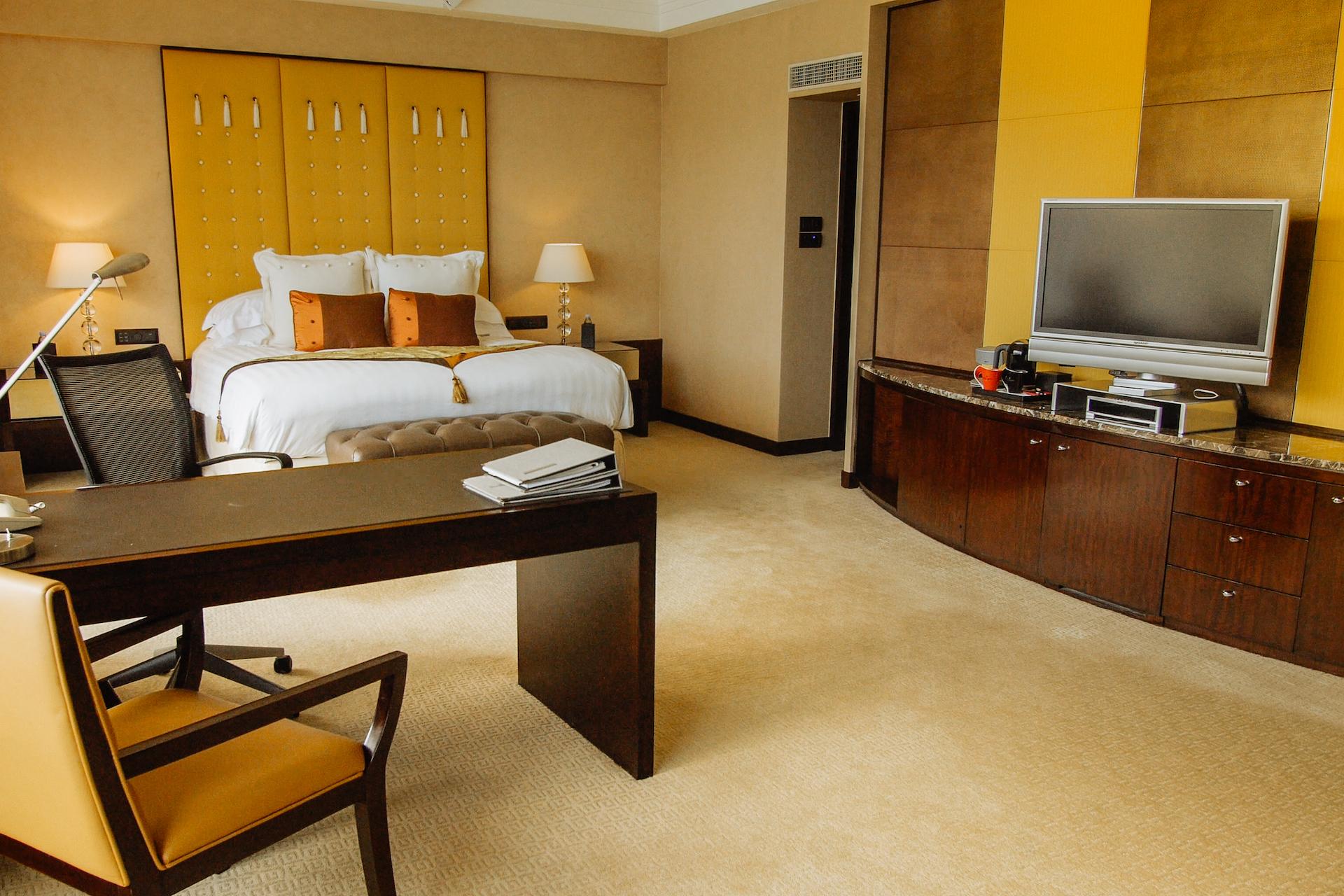 InterContinental Room Lounge Area