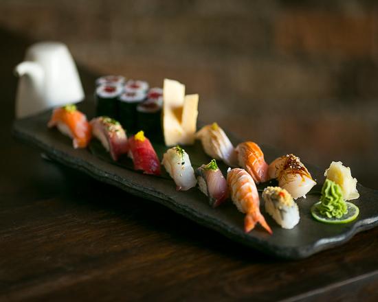 Sake_Sushi_Plate_550x440_01.jpg