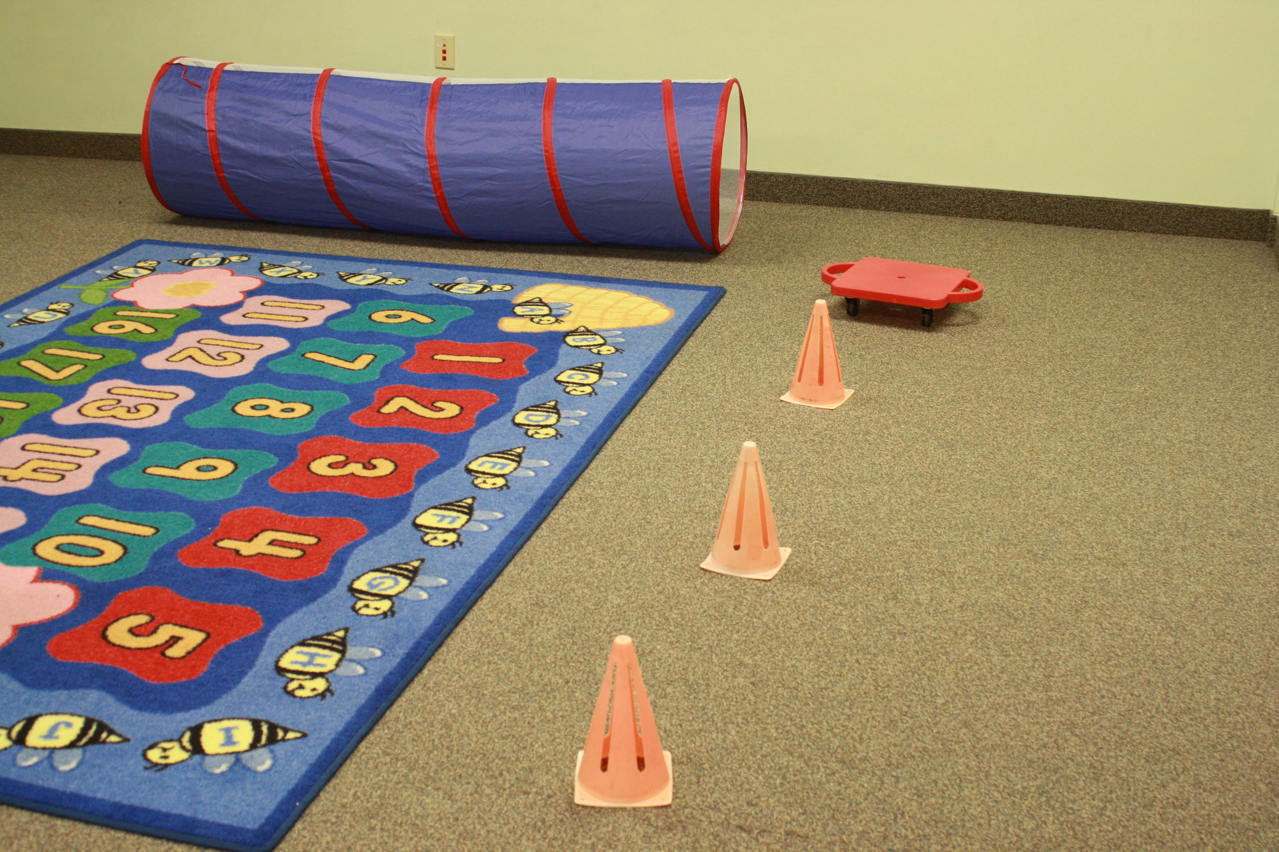 Obstacle Course in Greenroom 2.JPG