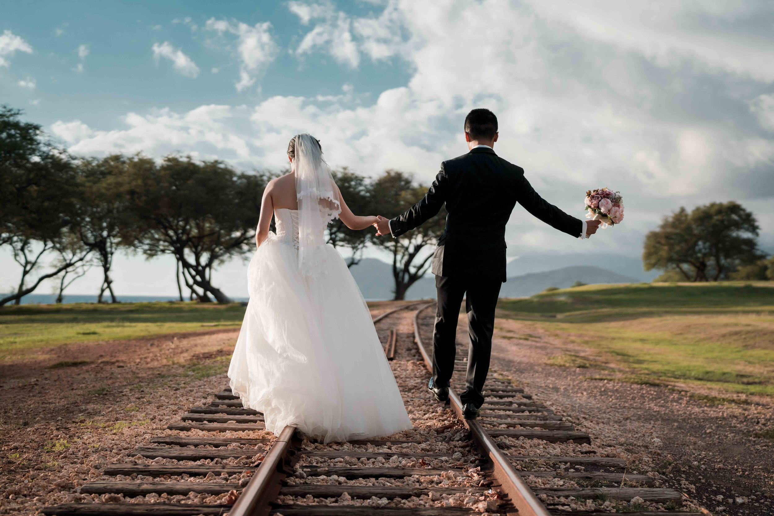 Hawaii Wedding Photographer Toshi Takahashi Paradise Cove Chapel Photo-257.jpg