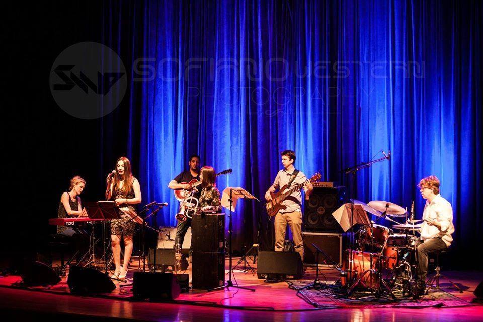 Algeria, Yazz Ahmed band w Amel Zen