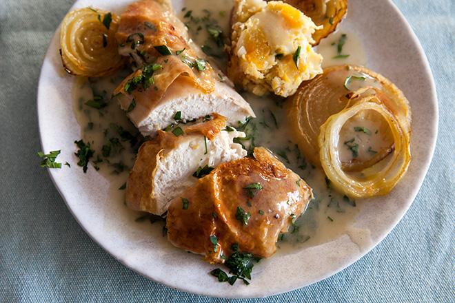 roast-chicken-serving_t8jv3b.jpg