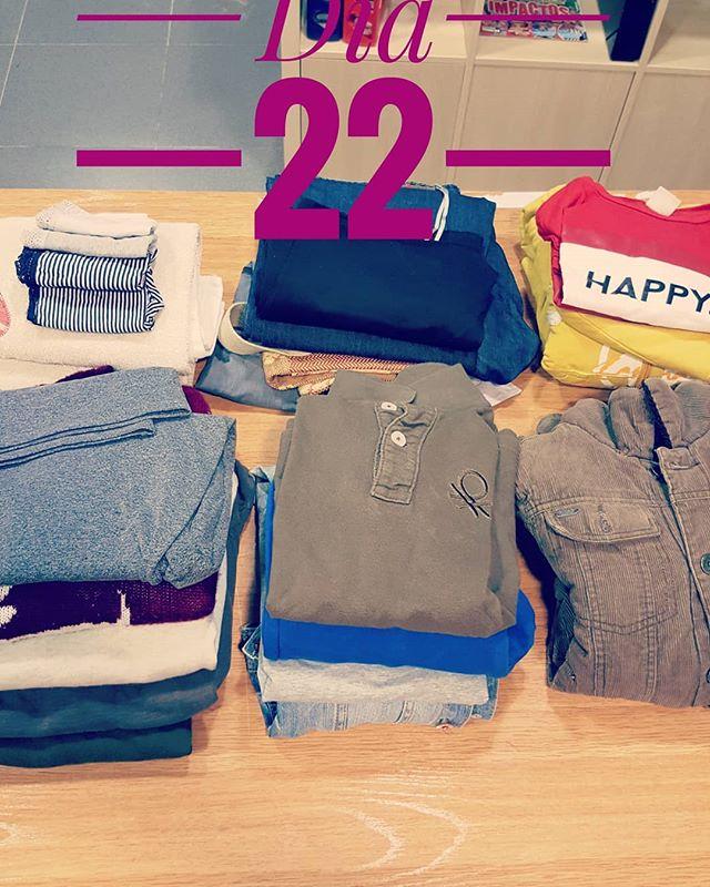 👉 Dia 22 del #reto465.  Els nens creixen i la roba els queda petita.😊 👉Día 22 del #reto465.  Los niños crecen y la ropa les queda pequeña.😄