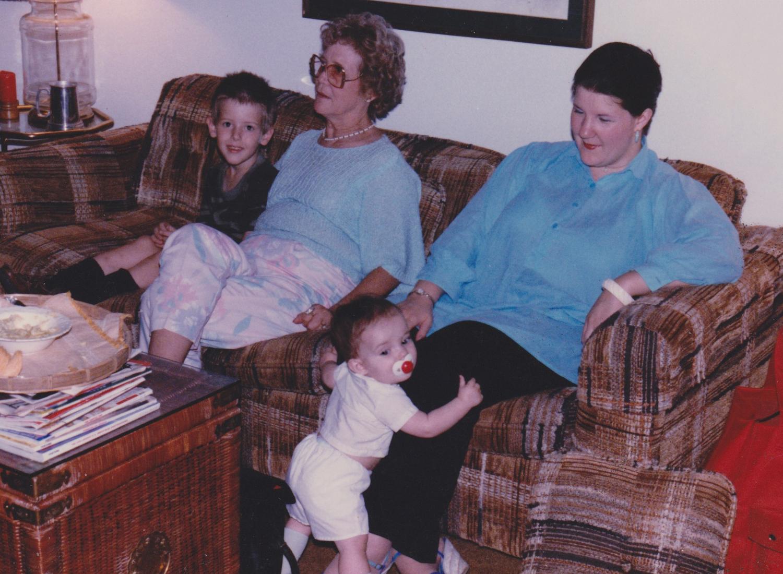 Houston, 1987 - Jason, Maw-Maw Betty, Simon & Mom at Uncle John's House