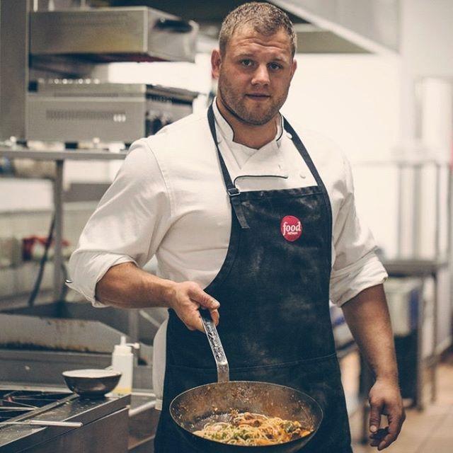 Basil is in the kitchen, cooking up some proper Italian cuisine. . . . #italianboy #italianfood #fresh #pastalover