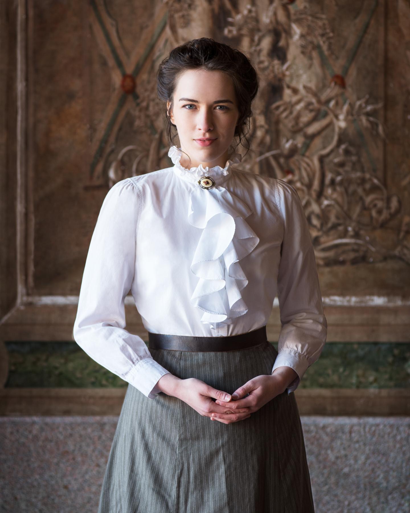 krystal_sobaskie_actor_period_outfit-2815.JPG