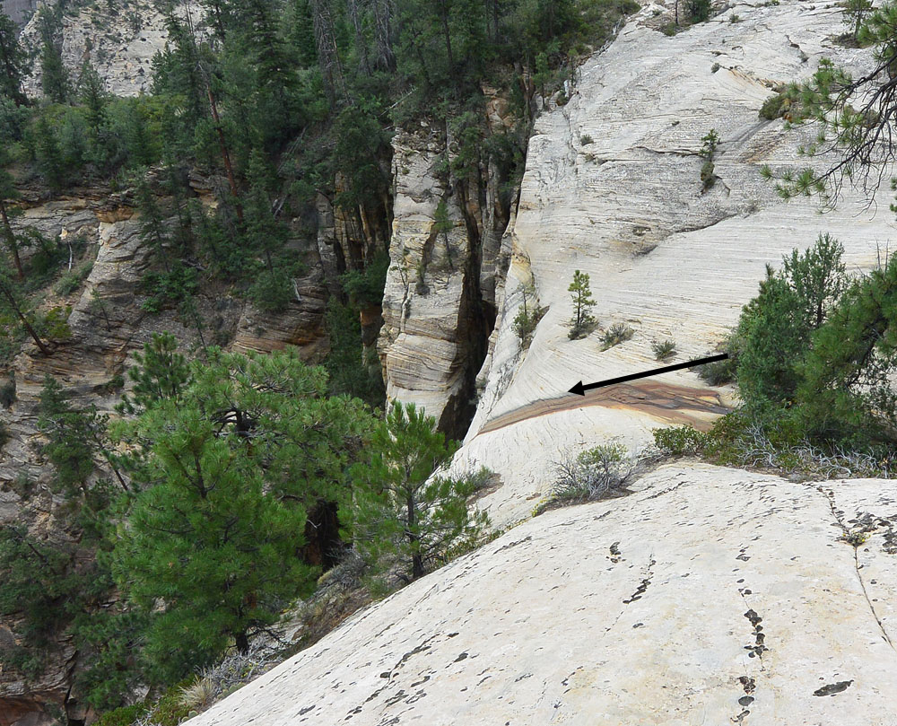 First rappel area, showing the chosen line of descent